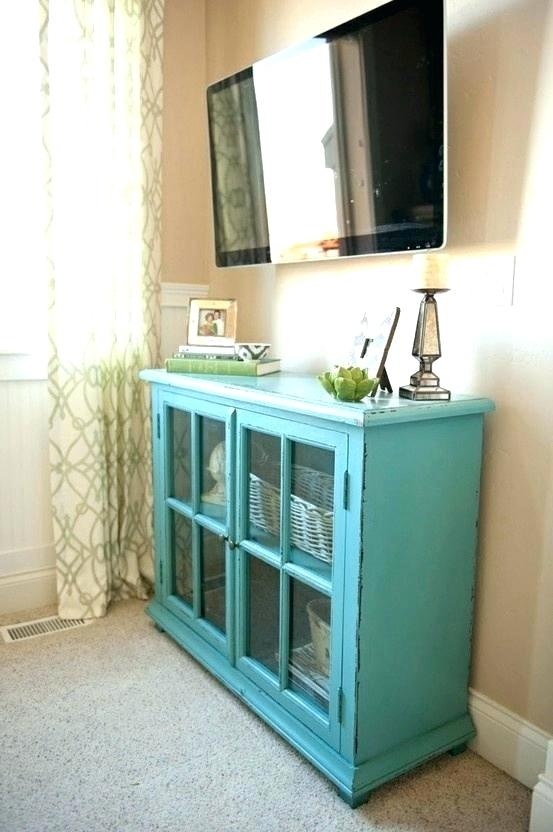 how to decorate tv stand