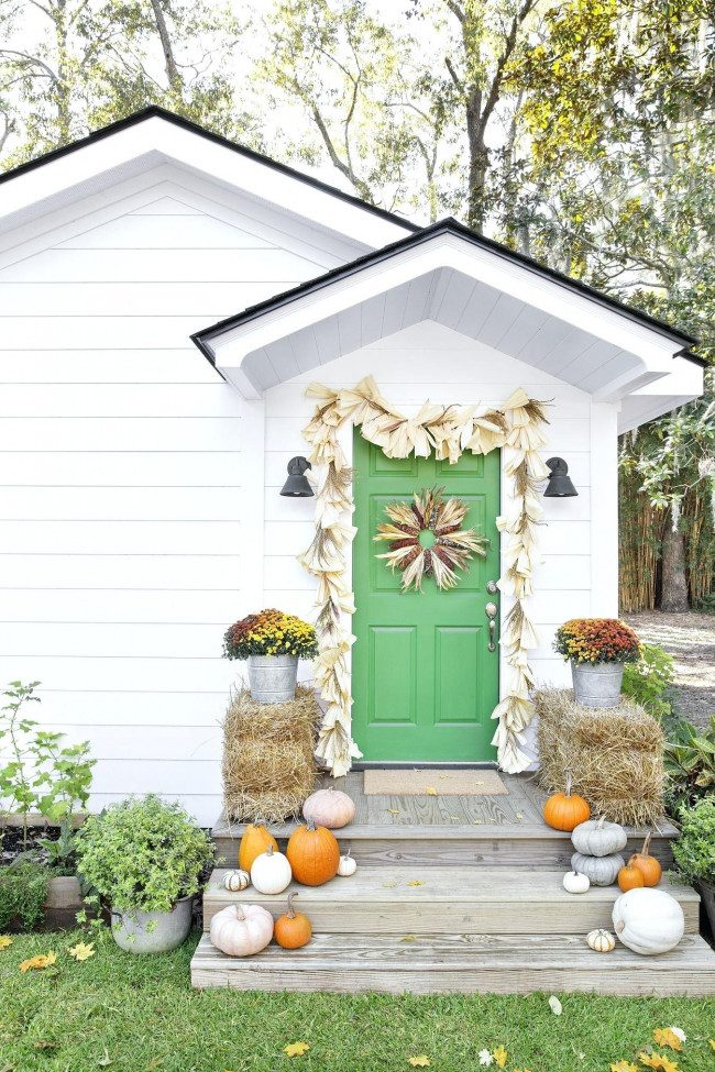 fall decor for entryway