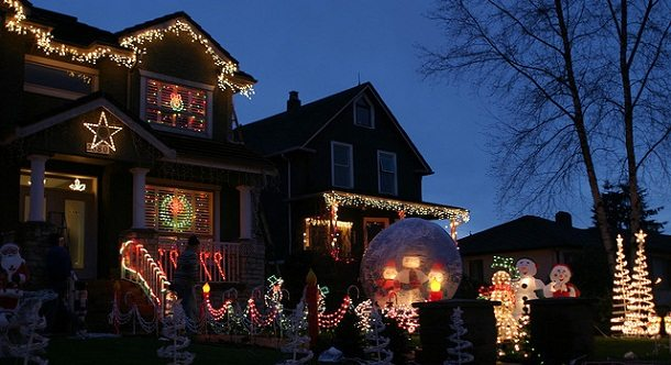 The Best Places to See Christmas Lights: Holiday Lights Trinity Street Vancouver