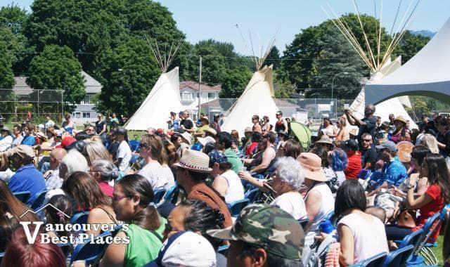 Aboriginal Day Crowds