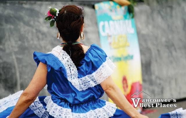 Maquilishuat Folklore Dancer