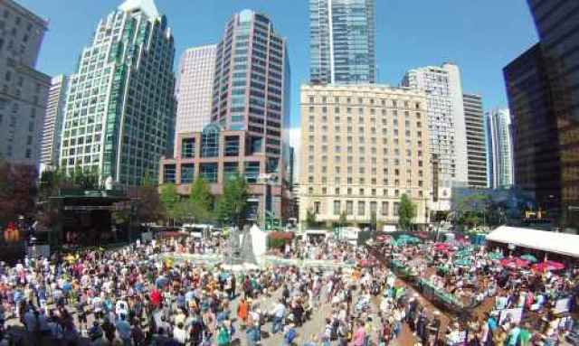 Jazz Festival Crowds Downtown