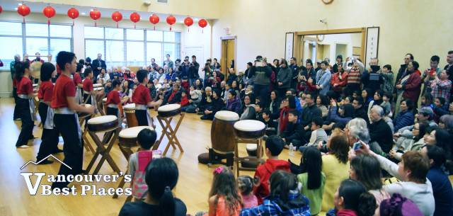 Dharma Drum Centre Crowd