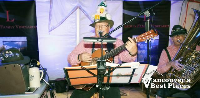 Oktoberfest Rheinlander Band