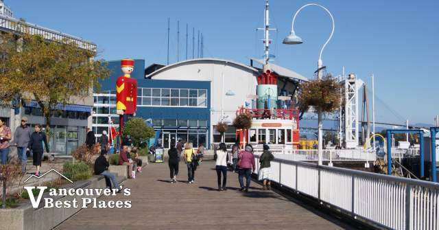 Fraser River Discovery Centre
