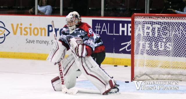 Vancouver Giants Goalie at the Net