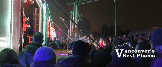 CP Holiday Train and Crowds