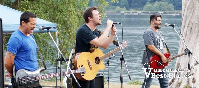 Pedwell Singing at Cates Park