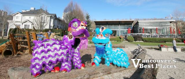 Chinese Lion Dancers at River District
