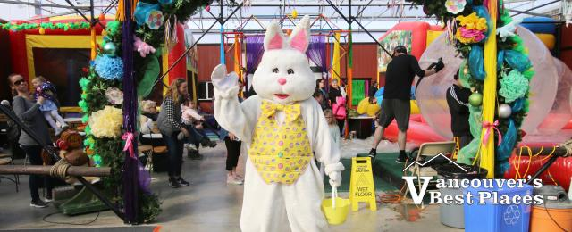 Easter Bunny at Fantasy Farms