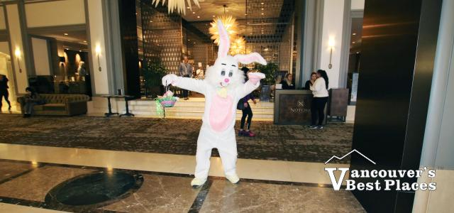 Easter Bunny at Notch8 Restaurant