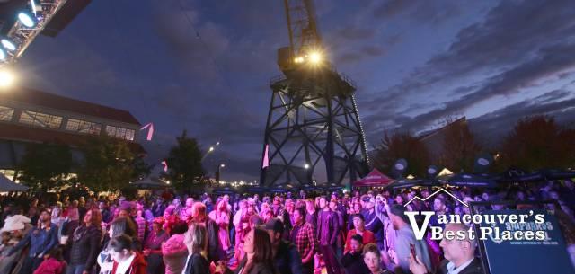 Shipbuilders' Square Concert Crowds