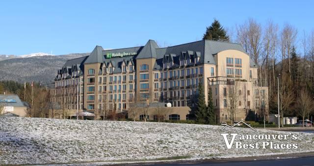 North Van Holiday Inn & Suites