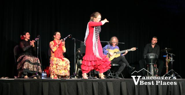 Mozaico Flamenco Dance Performance