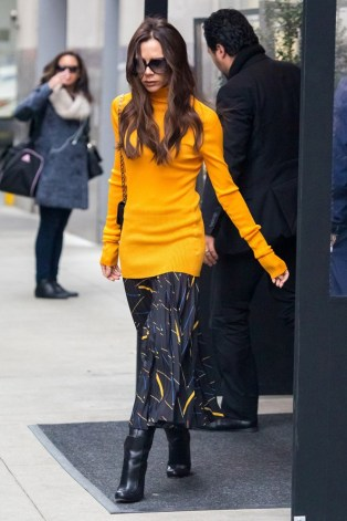 Victoria-Beckham-Street-Style-New-York-Vogue-9Feb16-Getty_b_592x888