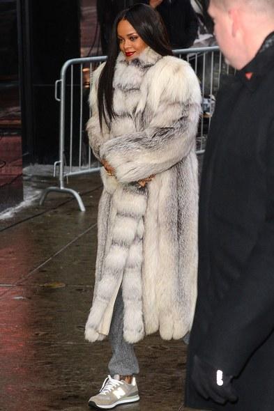 ss06-rihanna-shaggy-muppet-coats