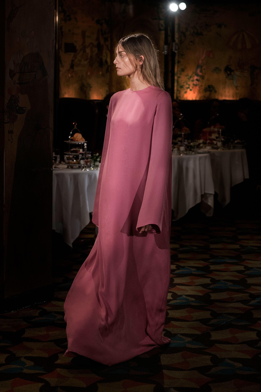 cc08a35ab0730f3 Осенние тренды 2018: платья — Vandastyle