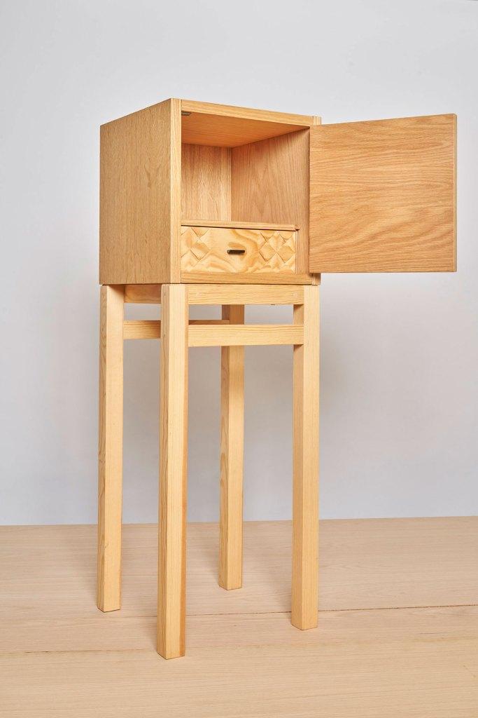 Mueble de diseño español