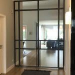 Stahl-Loft-Tür geschlossen Eingang