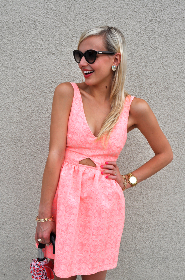 6-birthday-dress-pink-umbrella-girly-fashion-outfit-blog-blogger-vandi-fair-lauren-vandiver