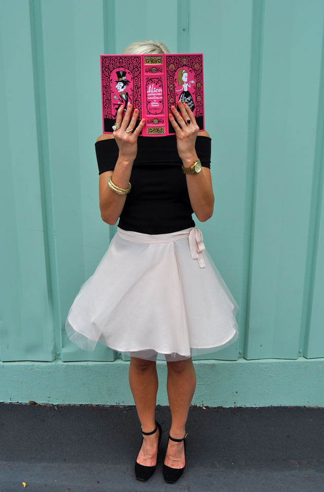 9-modern-ballerina-fairytale-black-pink-vandi-fair-girly-blog-blogger-lauren-vandiver