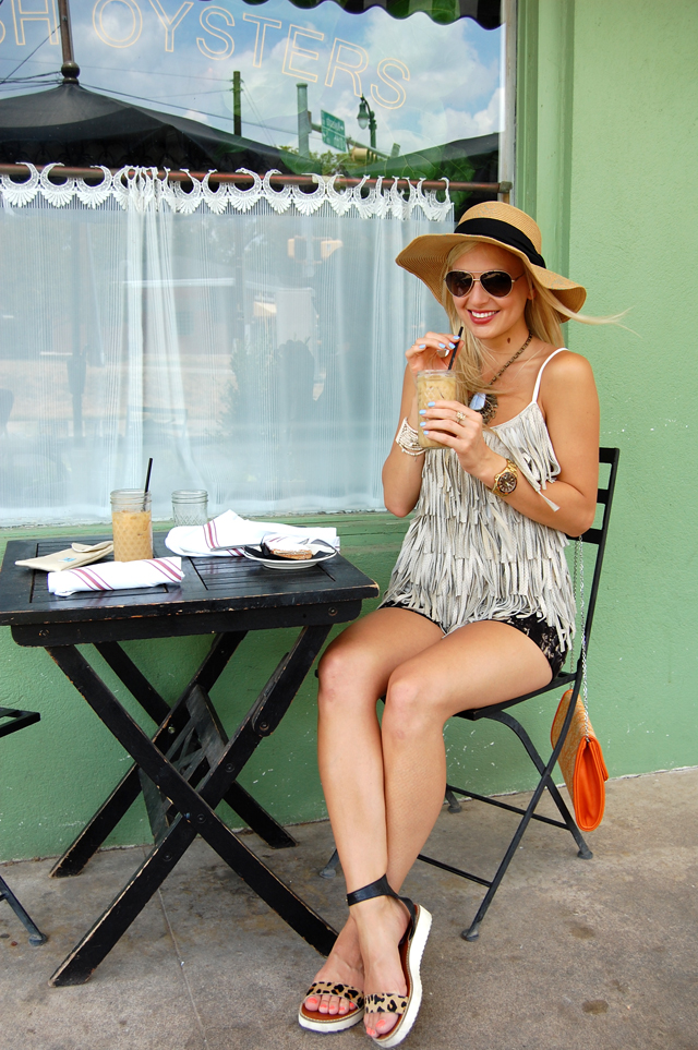 1-FRINGE-FANTASTIC-HILLSIDE-FARMACY-FASHION-BLOG-AUSTIN-BLOGGER-VANDI-FAIR-LAUREN-VANDIVER