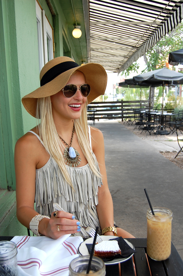 13-FRINGE-FANTASTIC-HILLSIDE-FARMACY-FASHION-BLOG-AUSTIN-BLOGGER-VANDI-FAIR-LAUREN-VANDIVER