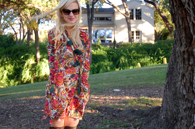 2-thankful-thanksgiving-giveaway-fevrie-floral-dress-vandi-fair