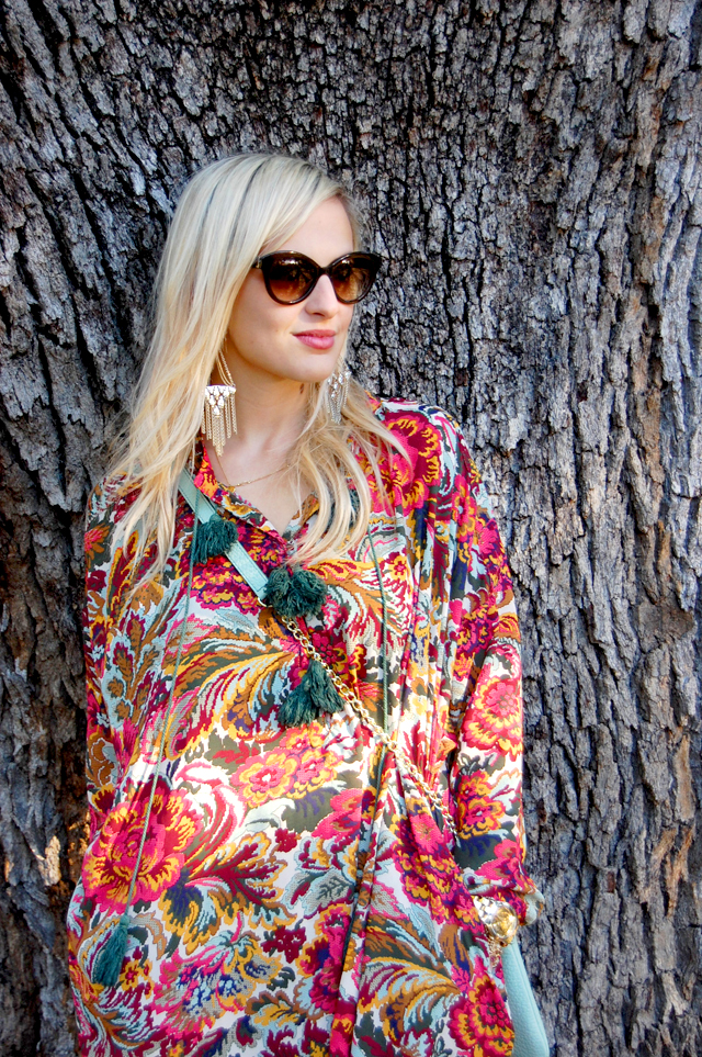 3-thankful-thanksgiving-giveaway-fevrie-floral-dress-vandi-fair