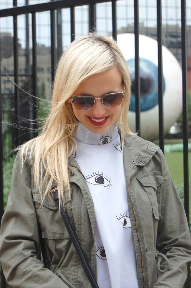 military-green-parka-jacket-sun-glasses