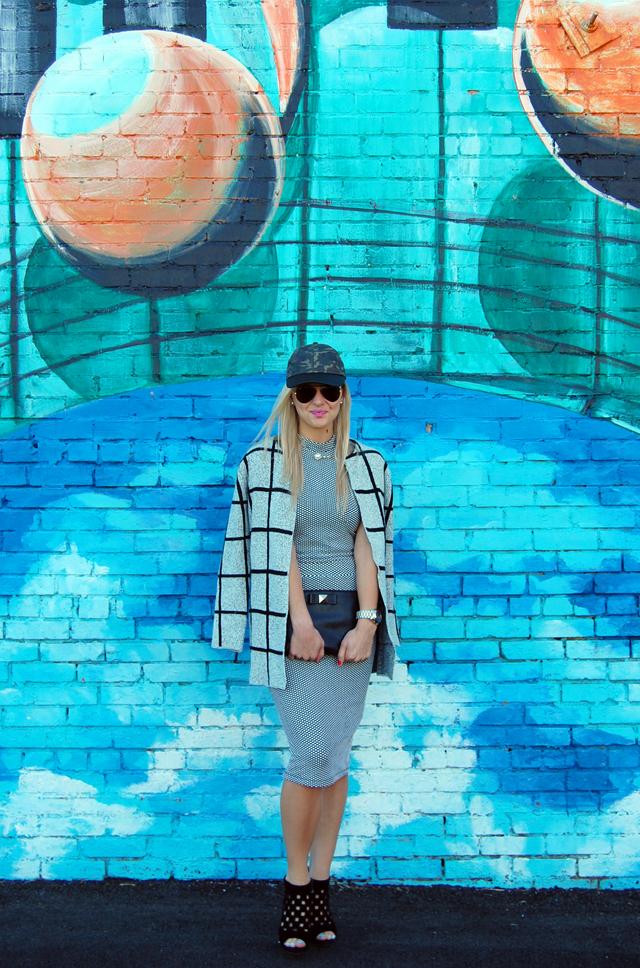 Geometric Print Fashion Blogger Outfit