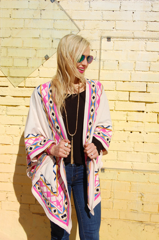 vandi-fair-tribal-poncho