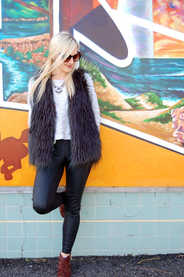 fur-vest-leggings