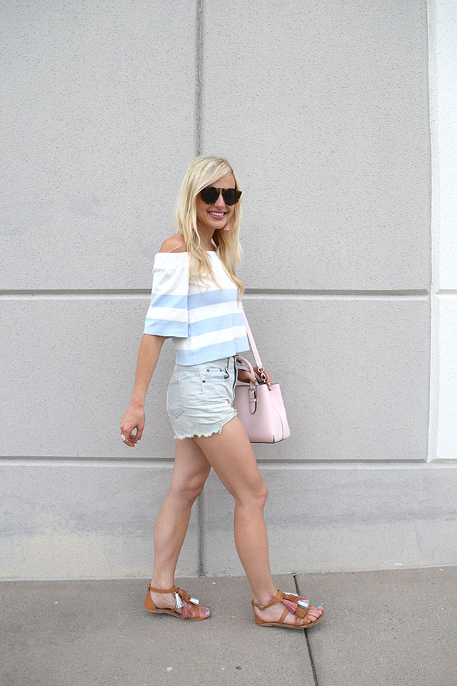 pastel casual outfit