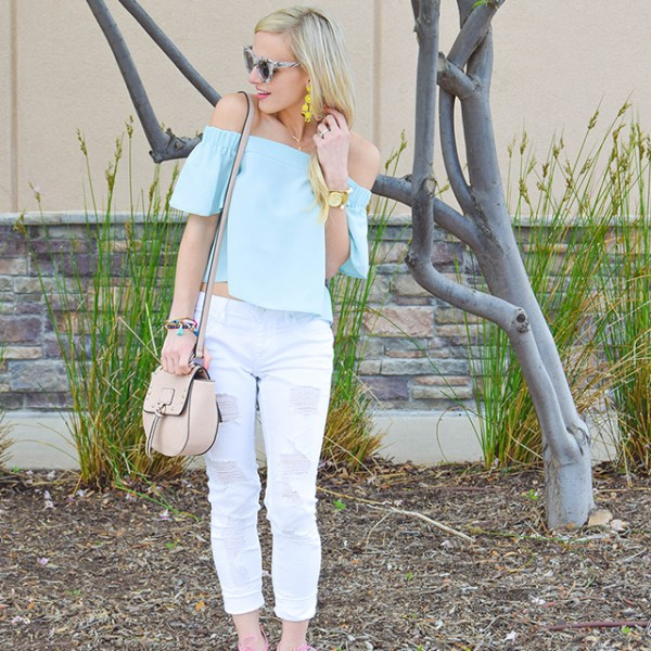 vandi-fair-blog-lauren-vandiver-dallas-texas-southern-fashion-blogger-topshop-light-blue-livi-off-the-shoulder-top-vigoss-destroyed-white-skinny-jeans-sam-edelman-azela-tassel-sandals-12