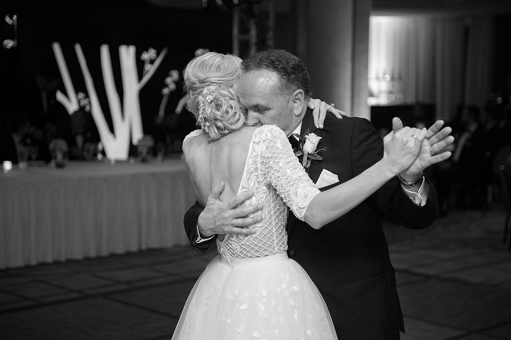 lauren-vandiver-cole-green-wedding-dallas-texas-weddings-vandi-fair-blog-fashion-bridal-blogger-new-years-eve-nye-cinderella-disney-vandigoesgreen-dad-daughter-dance