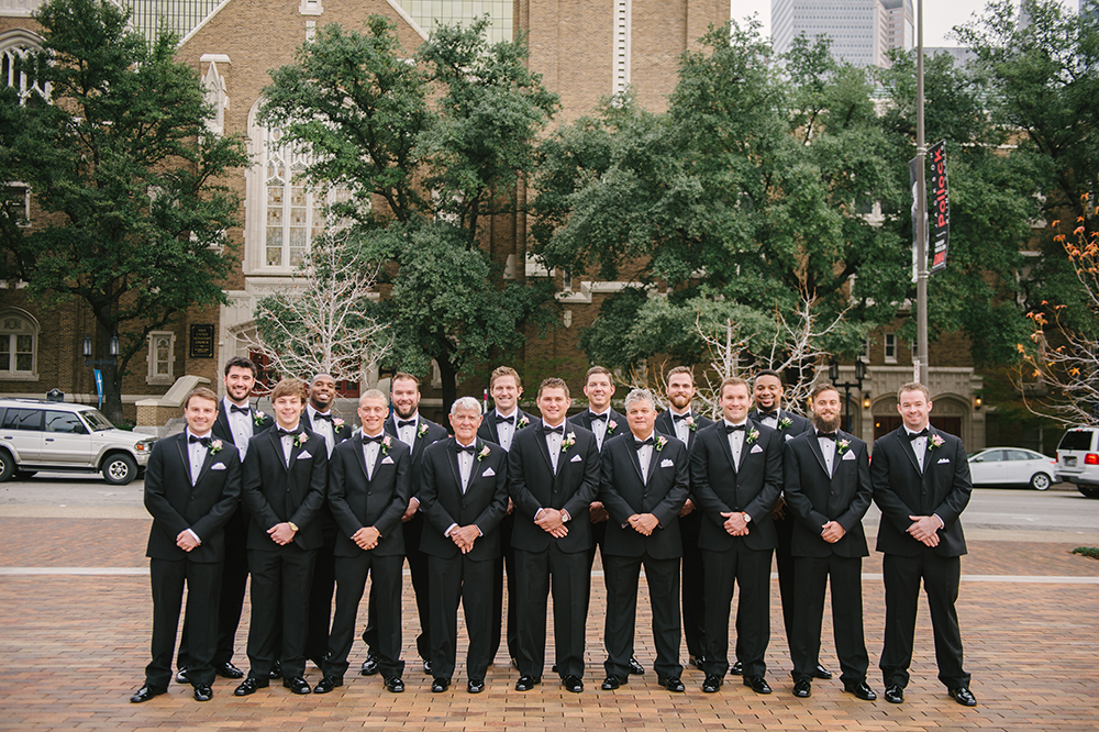 lauren-vandiver-cole-green-wedding-dallas-texas-weddings-vandi-fair-blog-fashion-bridal-blogger-new-years-eve-nye-cinderella-disney-vandigoesgreen-groomsmen-002