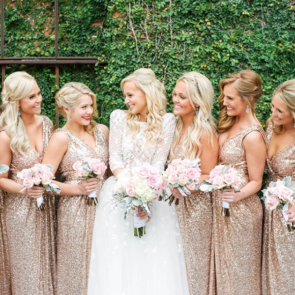 vandi-fair-blog-lauren-vandiver-dallas-fashion-blogger-wedding-bridesmaids-dresses-rent-the-runway-badgley-mischka-rose-gold-sequin-gowns-margaret-elizabeth-earrings-1