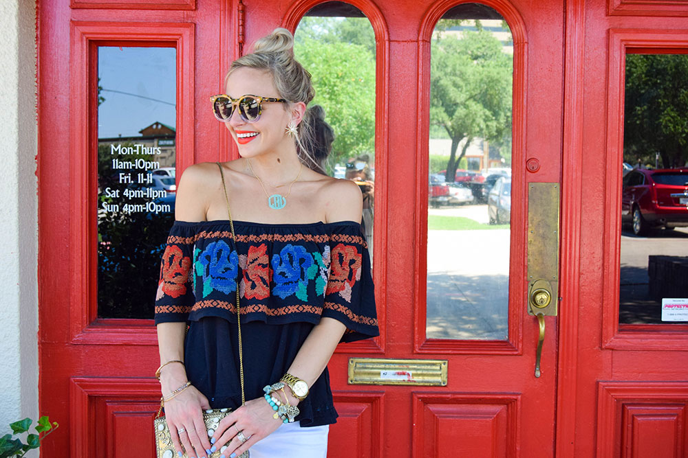 vandi-fair-blog-lauren-vandiver-dallas-texas-fashion-blogger-free-people-to-the-left-embroidered-off-the-shoulder-top-vigoss-tomboy-thompson-destroyed-skinny-jeans-5
