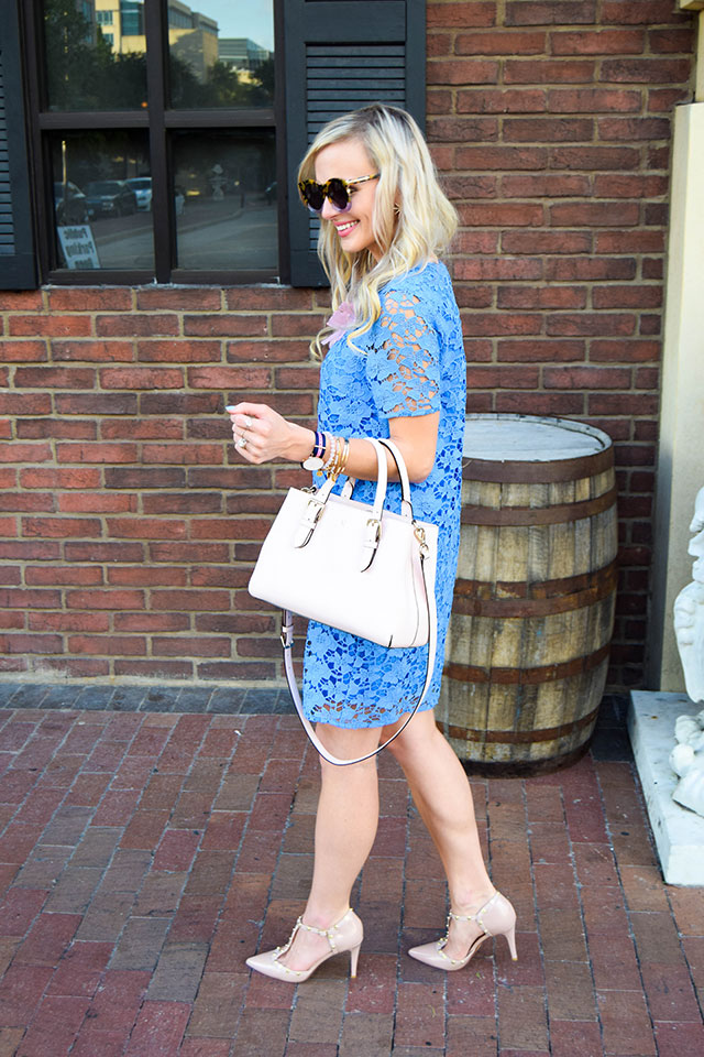 vandi-fair-blog-lauren-vandiver-dallas-texas-fashion-blogger-nordstrom-wear-to-work-felicity-and-coco-lace-shift-dress-blue-periwinkle-baublebar-seaglass-bib-necklace-4