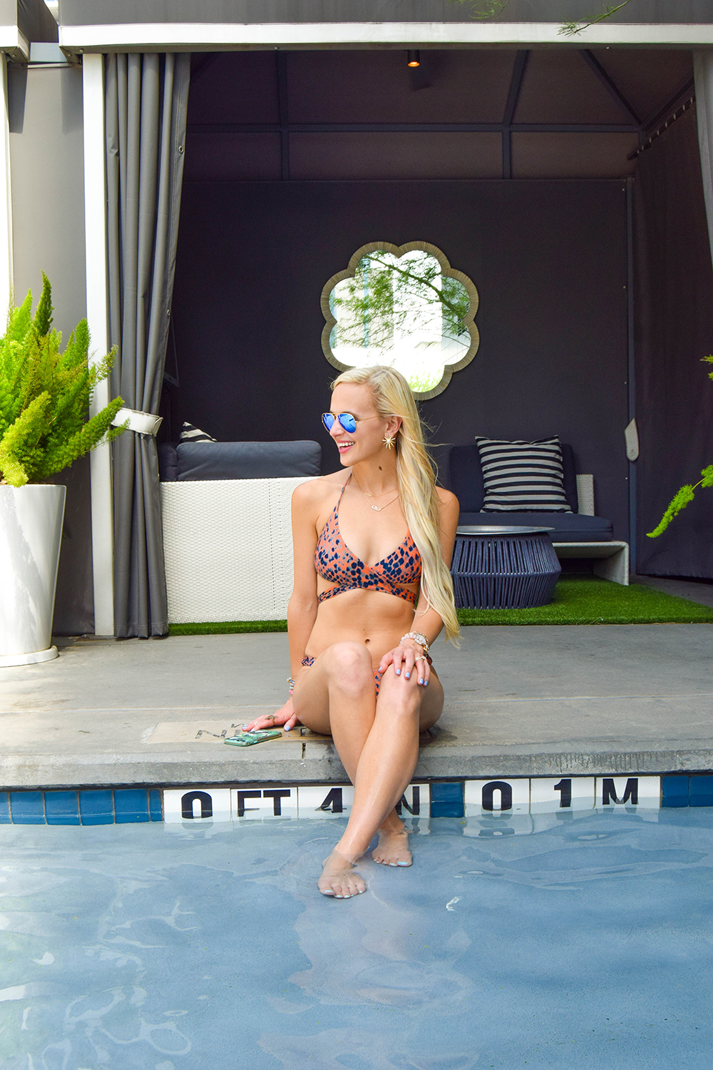 vandi-fair-blog-lauren-vandiver-dallas-texas-southern-fashion-blogger-staycation-w-hotel-austin-travel-vacation-atx-texas-review-vix-swimwear-snake-print-bikini-2