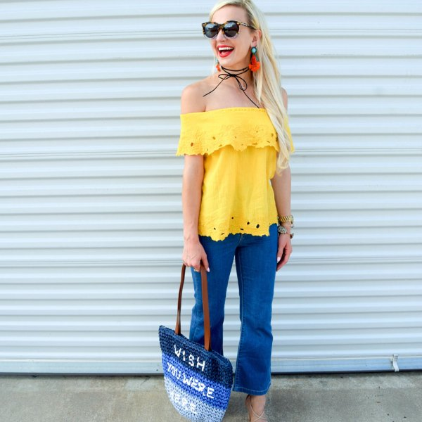 vandi-fair-blog-lauren-vandiver-dallas-texas-southern-fashion-blogger-marks-amd-spencer-flared-cropped-jeans-M&S-collection-yellow-bardot-blouse-13