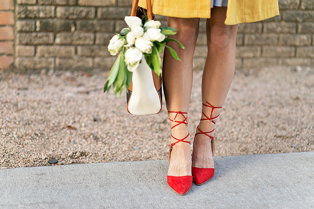 vandi-fair-blog-lauren-vandiver-dallas-texas-southern-fashion-blogger-modcloth-red-lace-up-pumps-let-the-sass-go-heel