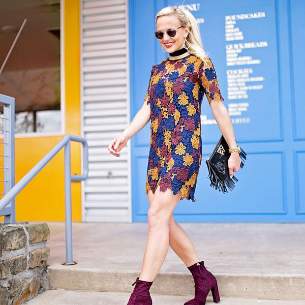 vandi-fair-blog-lauren-vandiver-dallas-texas-southern-fashion-blogger-nordstrom-burgundy-ankle-booties-steve-madden-edit-boots-astr-guipere-lace-shift-dress-5