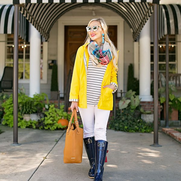 navy-rain-boots-outfit