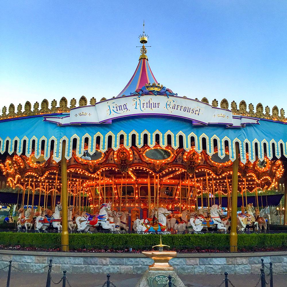 king-arthur-carousel-disneyland
