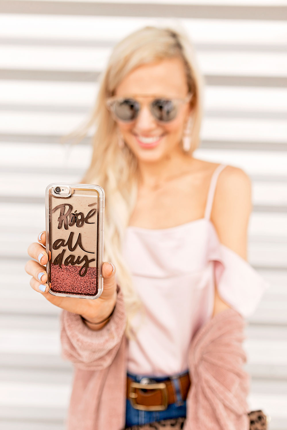 velvet-caviar-rose-all-day-glitter-phone-case