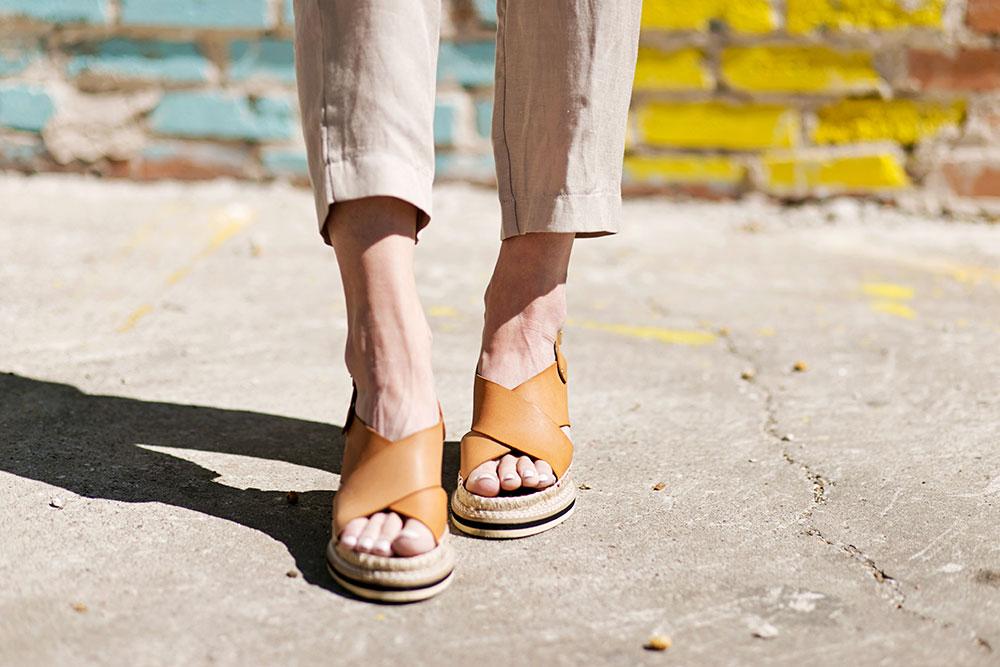 andre-assous-emily-wedge-sandal