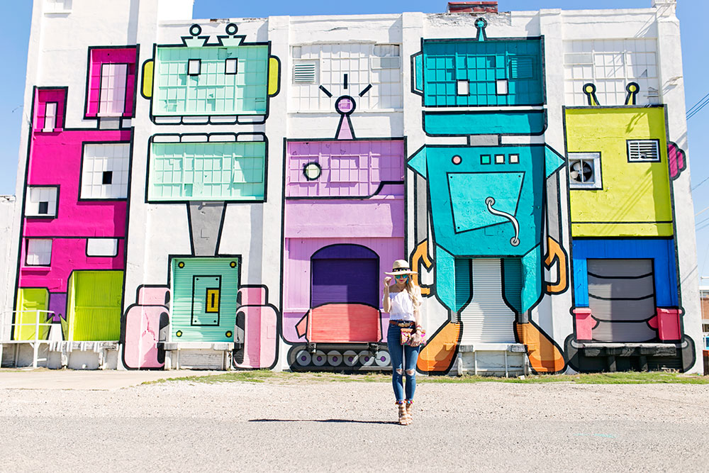 dallas-deep-ellum-wall-mural-robots