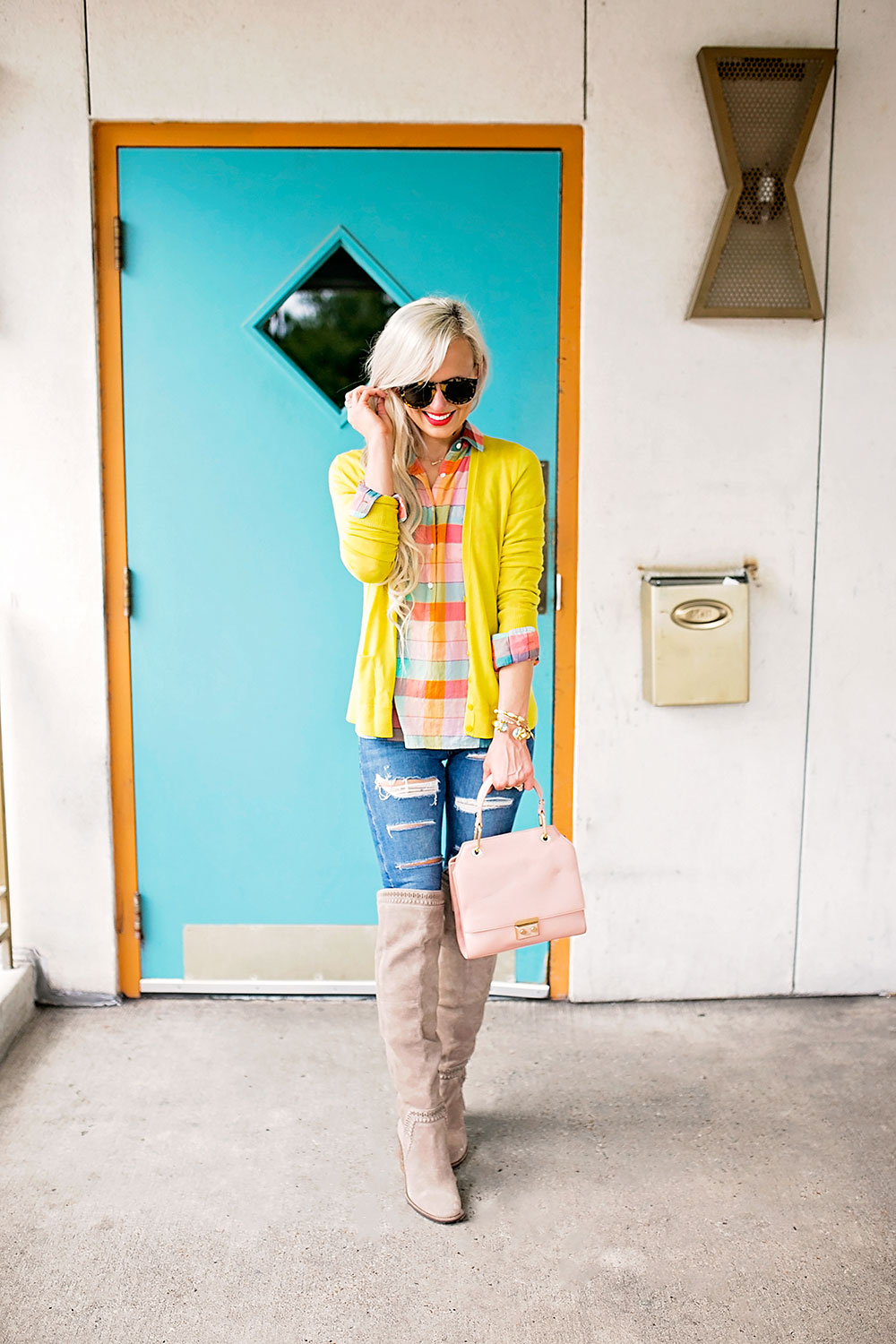 Fall For Color In This Vibrant Autumn Outfit | Vandi Fair